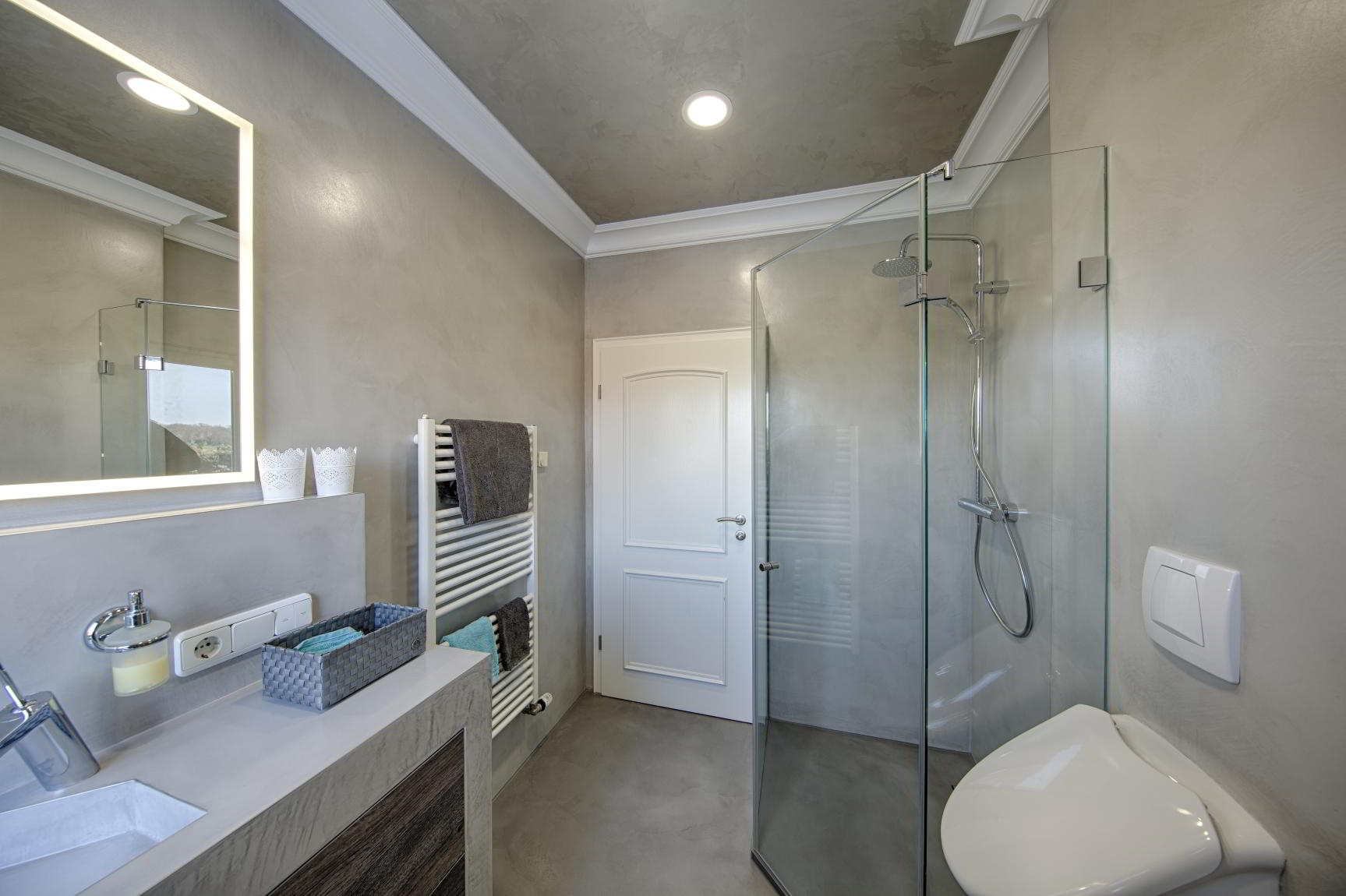 Beton stuc GS Afbouw Emmeloord badkamer